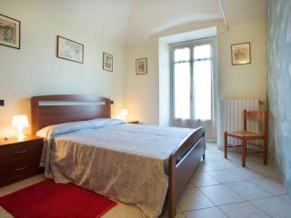 Confortevole appartamento in Dogliani centro - Dogliani vacation rentals