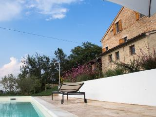 Perfect Villa with Internet Access and Central Heating - Falerone vacation rentals