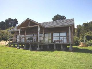 Beautiful House by the Lake in Frutillar - Frutillar vacation rentals