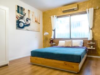 Cozy Beach Apartment in Tel-Aviv! - Jaffa vacation rentals