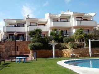 Holiday townhouse with shared pool at Alenda Golf. - Monforte del Cid vacation rentals