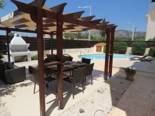 Pythagora Villa - Private pool, WIFI & English TV - Tremithousa vacation rentals