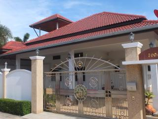 3 Bed, pool villa in a large plot of land - Hua Hin vacation rentals