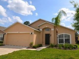 FREE hot tub heat.Beautiful 5 bed-roomed villa, great  location, great rates - Image 1 - Davenport - rentals