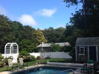 Well Appointed Home w/ Walk to Beach, A/C & Pool - Cotuit vacation rentals