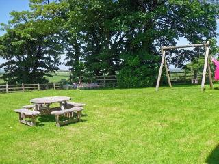 Lovely 3 bedroom Otterham Cottage with Internet Access - Otterham vacation rentals