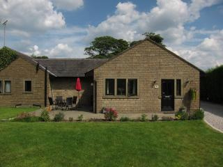 Calder Cottage, near Whalley in Lancashire - Whalley vacation rentals