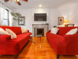 Quiet and Bright, 2 bed Pied a Terre 993 - New York City vacation rentals