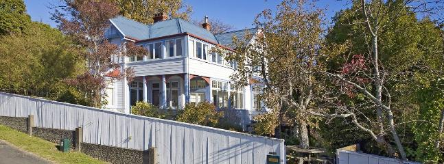 Camelot City Retreat Holiday Home - Spacious Character Home! - Nelson vacation rentals