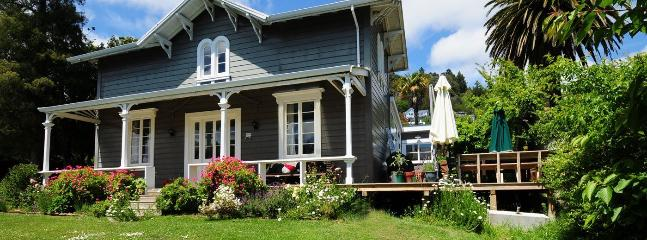 Ma Maison - Central City Nelson Heritage Holiday Home - Nelson vacation rentals