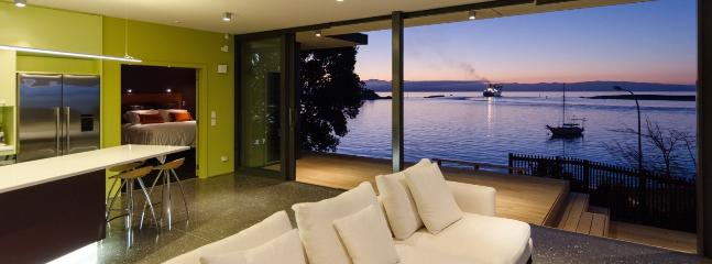 Sea Change Architectural Waterfront Holiday Home in Sunny Nelson! - Nelson vacation rentals