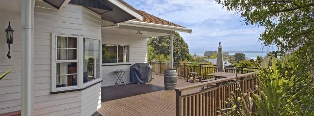 Bisley Holiday House - Tahunanui Beach, Nelson! - Nelson vacation rentals