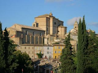 Nice 2 bedroom Bed and Breakfast in Montefiore dell'Aso - Montefiore dell'Aso vacation rentals