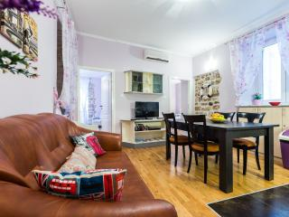 Panky 2BR apt.in center of old town, very quiet l. - Zadar vacation rentals