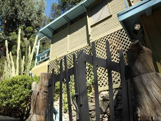 One Bedroom Lower Hollwyood Hills West Vacation Rental- Laurel Canyon Charmer - West Hollywood vacation rentals