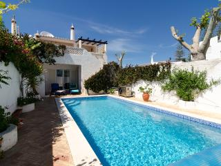 3 bedroom House with Internet Access in Luz - Luz vacation rentals