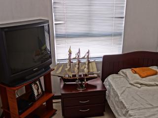 Habitacion en Casa Moderna 0244 - Calima vacation rentals