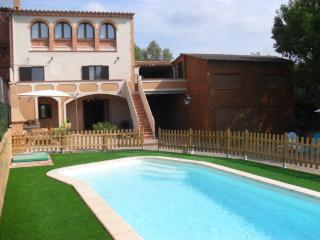 Ca L'Esclop. 15km to Costa Brava beaches + pool - Province of Girona vacation rentals