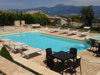 """Agriturismo """"Il Casato"""" - Macerata vacation rentals"""