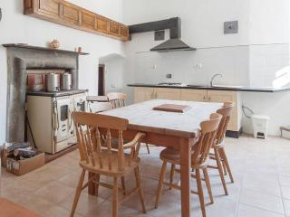 1 bedroom Townhouse with Balcony in Casola in Lunigiana - Casola in Lunigiana vacation rentals