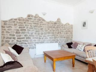 Nice Townhouse with Toaster and Short Breaks Allowed - Casola in Lunigiana vacation rentals