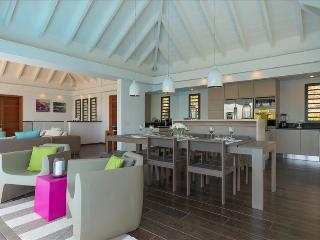 Upside at Grand Carenage, St. Barth - Ocean View, Pool, Perfect For Vacationing - Marigot vacation rentals