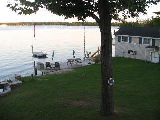 Kerruish Cottages : Boat House - Rideau Lakes vacation rentals