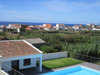 629 Great House near the beach With Wi-Fi & PLUS - Mosteiros vacation rentals