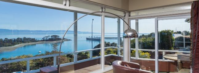 Seaside Manor Nelson Holiday Home with Exceptional Sea Views! - Moana vacation rentals