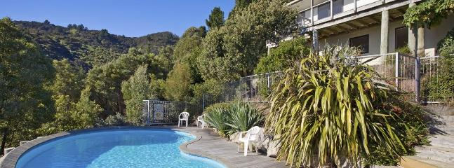 Mount Arthur View Holiday Home Nelson - Sea View & Swimming Pool - Nelson vacation rentals