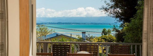 Above the Beach - Moana vacation rentals