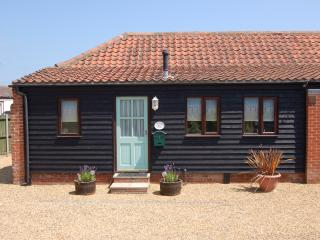 Adelaide cottage in seaside village of Bacton - Bacton vacation rentals