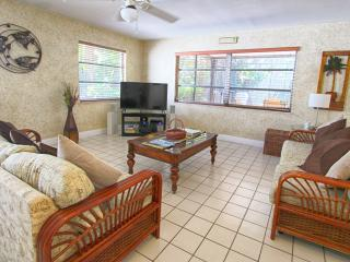 Bahama Breezes Beach House - 3 Bdrs - Private Pool - Clearwater Beach vacation rentals