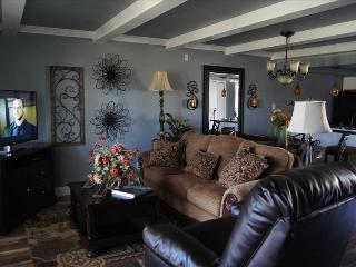 Wonderful Walk In Level ,New Furnishings - Wifi-Pool-Sleeps 9-Central Location( A-5) - Branson vacation rentals