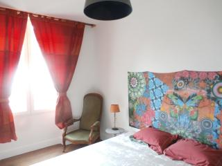 Cozy 3 bedroom Townhouse in Saint-Amand-Montrond - Saint-Amand-Montrond vacation rentals