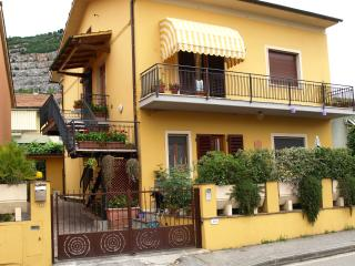 B&B Via Della Grotta - Monsummano Terme vacation rentals