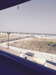 Atlantic City Beach & Boardwalk 1blk -good area - Atlantic City vacation rentals