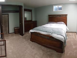 Discounted rate -- Large Basement - Loveland vacation rentals