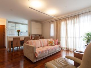 2 bedroom Apartment with Internet Access in Sao Paulo - Sao Paulo vacation rentals