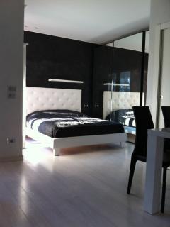 GrattacieloSuite Modernity and Comfort in Verona - Verona vacation rentals