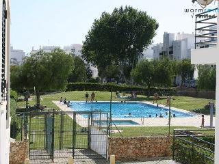 Marley Orange Apartment, Armação de Pera, Algarve - Armação de Pêra vacation rentals