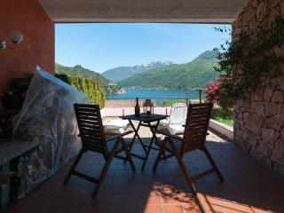 Charming Lake holiday house , astonishing view! - Porto Ceresio vacation rentals