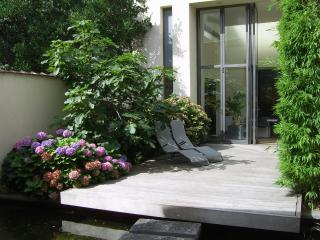 Cozy Mechelen vacation Bed and Breakfast with Garden - Mechelen vacation rentals