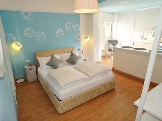 Stop & Sleep Fronte Ospedale Civile - Udine vacation rentals