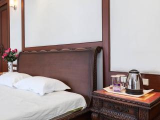 Romantic 1 bedroom Private room in Kolkata (Calcutta) - Kolkata (Calcutta) vacation rentals