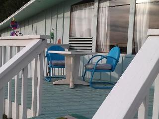 Perfect getaway for couples or small families - Greenbank vacation rentals