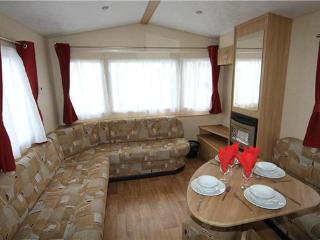 golden sands caravan hire - Mablethorpe vacation rentals