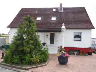 Nice Condo with Internet Access and Satellite Or Cable TV - Bad Segeberg vacation rentals