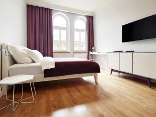 Cozy 2 bedroom Condo in Krakow with Internet Access - Krakow vacation rentals