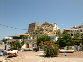 Romantic 1 bedroom Hydra Fort with A/C - Hydra vacation rentals
